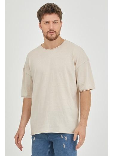XHAN Ekru Pis Yaka Salaş T-Shirt  Ekru